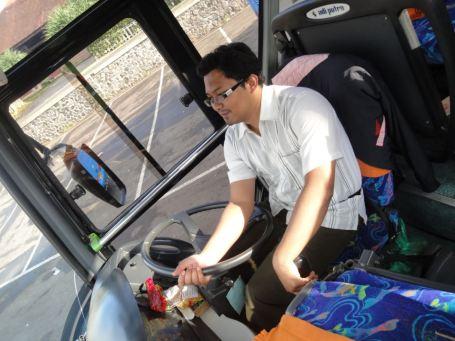 Bus Gunung Harta, Denpasar-Malang