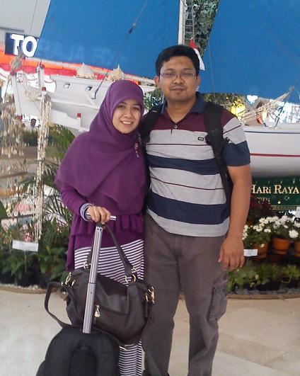 Di Bandara Sultan Hasanuddin Makassar, 18 Agustus 2013